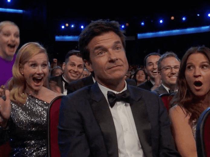 Jason Bateman en los Emmys 2019 ©Fox